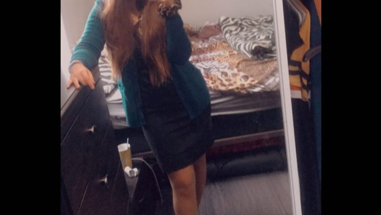 Just another mirror selfie of me before work – Flightattendant