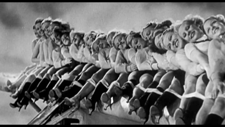 Girls Dancing on Planes (Vintage footage)